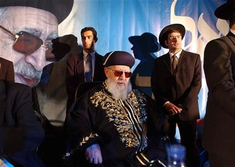 OVADIA YOSEF, RABBI AND ISRAELI KINGMAKER, DIES