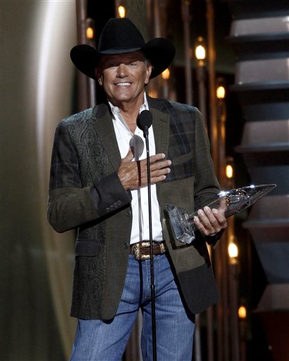 Correction: CMA Awards story