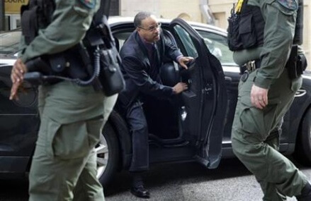 Police driver acquitted of all charges in Freddie Gray death