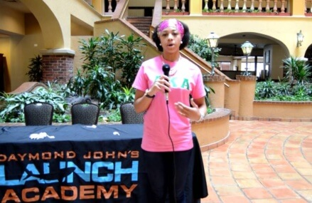 Interviews Jessikha Williams after the Daymond John Seminar