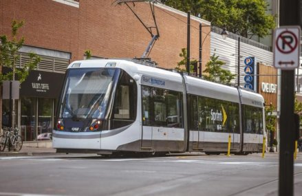 Court hearing on streetcar extension set for Thursday