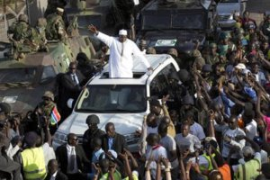 Throngs cheer new president's triumphant return to Gambia